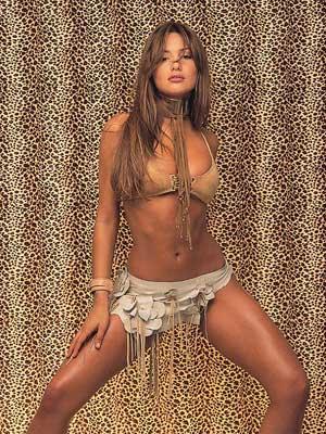 Sexy Women Ana Carolina Ardohain http://lh4.ggpht.com/_fkF-tt--tL4/R7TO1N5LcII/AAAAAAAAHI4/jXQz7BZaHqM/carolina-pampita-ardohain17.jpg