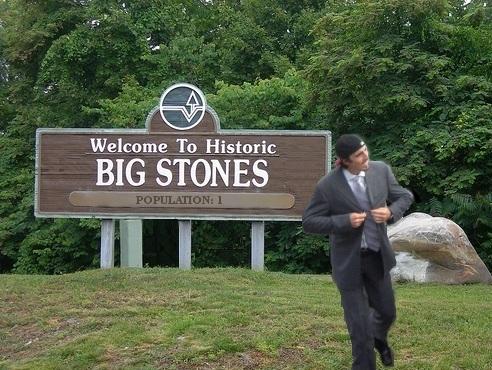 http://lh4.ggpht.com/_fw7iF68JR8k/S-DZh1J0D0I/AAAAAAAA3ro/EfT-8fDTTdU/Big%20Stones.jpg