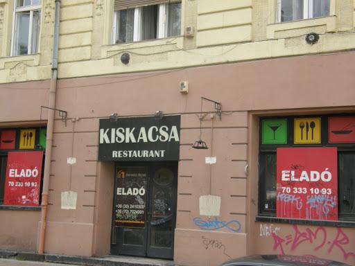 blog, Budapest, Király utca, romlás, szlömösödés, VI. kerület, VII. kerület, zsidónegyed, Isten veled, kiskacsa restaurant, rólad sem írunk már lehúzós kritikát