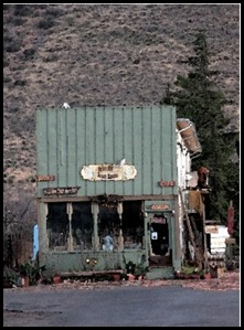 1073-Old Bisbee Store NC 371x480