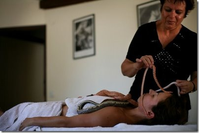 snake-massage03