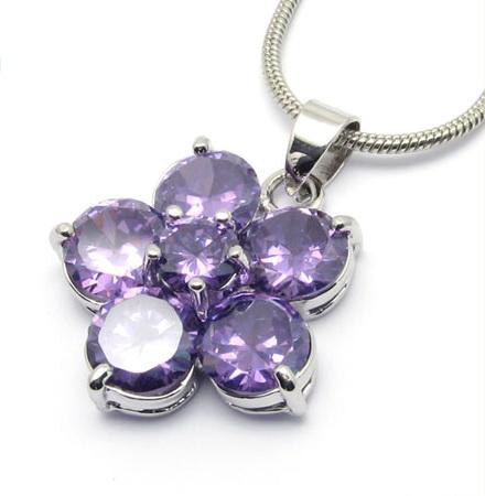 fashion-petal-crystal-pendant-necklaces