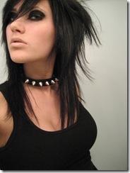 emo blusa preta e coleira