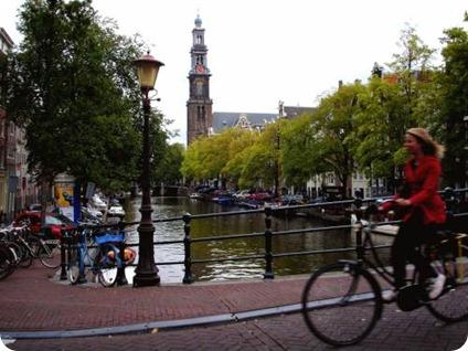 Foco do aparelho seriam países pobres com pouca oferta de energia, mas empresa não descarta ofertá-lo em países onde o uso da bicicleta é disseminado, como na Holanda