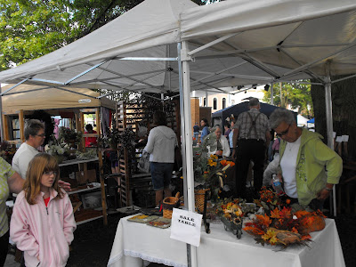Washington's Central Park Was Packed Tight Saturday During The Annual Craft Fair.<br /> (Washington Chamber Of Commerce)