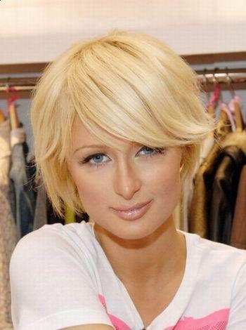 blonde cute short hairstyle with bangs image