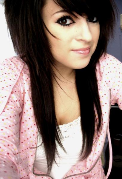 Long black emo hair style for girls