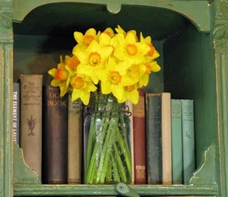 daffodils_with_old_books