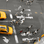 Taxi conduisant dans Manhattan, New York