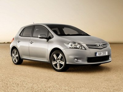 Toyota carries out restyling Auris