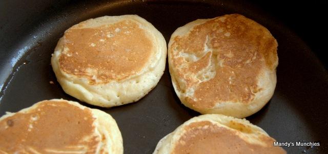 [Cheat's pancakes[5].jpg]