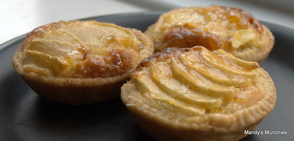 [TM Apple Tarts[2].jpg]