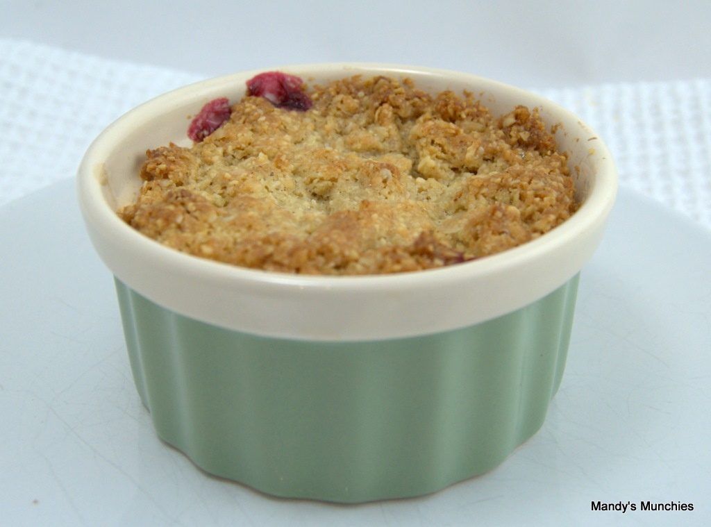 [Apple and Blackberry Crumble[4].jpg]