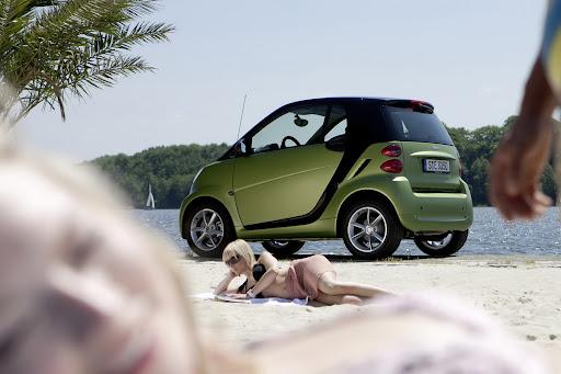 2011-Smart-ForTwo-03.jpg
