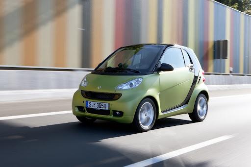 2011-Smart-ForTwo-05.jpg
