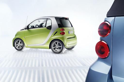 2011-Smart-ForTwo-16.jpg