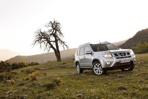 2010-Nissan-X-Trail-5.JPG