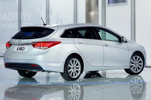 2011-Hyundai-i40-2.jpg