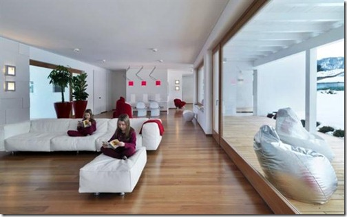 Italian-Minimalist-Rectangular-Shapes-Home-Design-spacious-living-room-with-glass-panels-picture