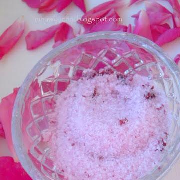 Cukier różany - Czytaj więcej »