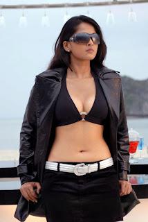 Anushka Shetty in black Skirt showing her Assets