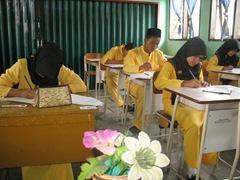 Ujian Semester Ganjil TP 2010 di SMAN Pintar 5