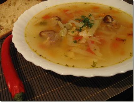 Articole culinare : Ciorba de varza cu afumatura ~ Lucskos