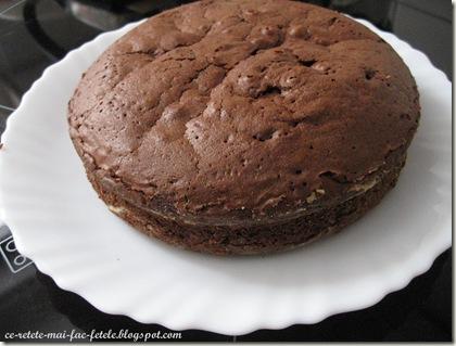 Tort Suprem de Ciocolată - blatul