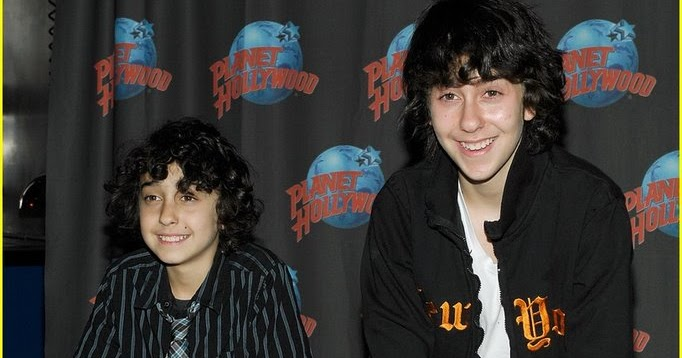 Naked brothers band tour dates you share