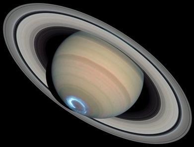 aurora no polo sul de Saturno