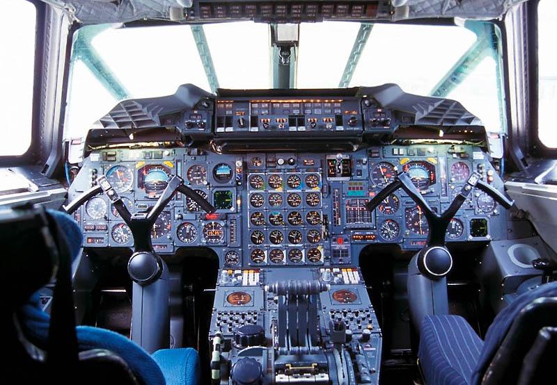 Membicarakan pesawat supersonik militer yang lain, rasanya sulit untuk