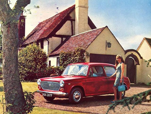 c9 Girls & Cars in European Vintage Ads