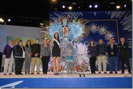 Nereida Santana y autoridades_640x425
