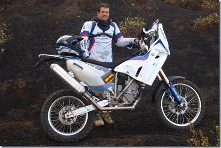 Jorge_Gomez_BMWG450R_Dakar2011_Piloto_Moto__640x428
