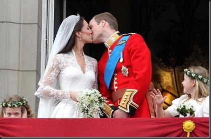 Royal Wedding The Balcony Vqv-uRm7GjOl