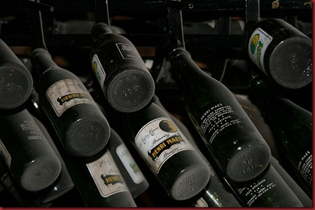 De_Halve_Maan_museum_beer_bottles_800