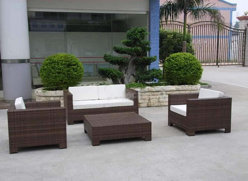Inspirational design outdoor garden furniture for today 39 s for Today s home furniture