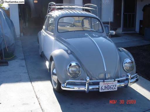 Woman loses her Love Bug on a Highland Park street | The Eastsider LA