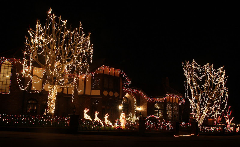 Here are some pictures of Christmas light displays up in the affluent equestrian community of Nellie Gail Ranch in Laguna Hills.