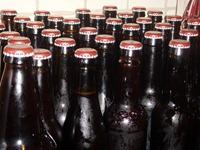 08 - Close-up Bottles
