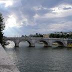 Париж, один из мостов через Сену