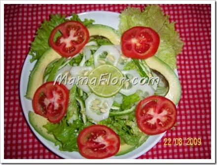 Como preparar una ensalada economica manualidades mamaflor for Decoracion de ensaladas