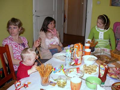 Przy urodzinowym stole