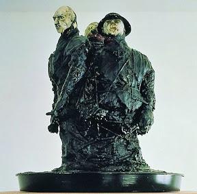 Kleiner Respekt - Skulptur von Thomas Schütte