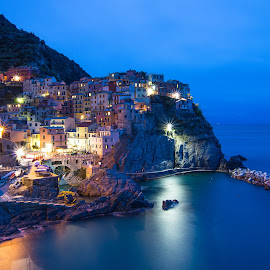 by Catherine Tolton - Landscapes Travel ( port, cinque terre, sea, ocean, nightfall, villagehike, five villages, hiking, village, sunset, mediterranean, manarola, italy )