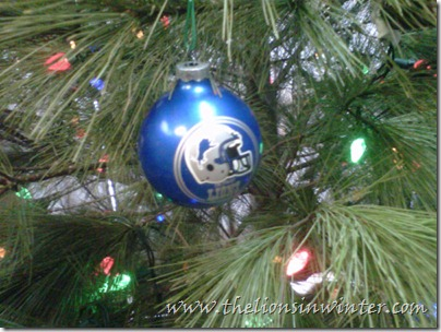 Yes, this is my family's Christmas tree, and our Detroit Lions ornament.