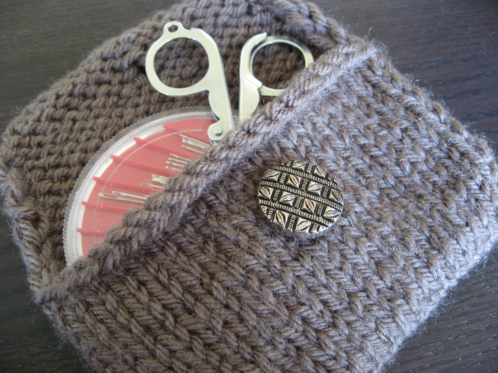 Think Crafty Thoughts: Pattern: A Knitted Pocket