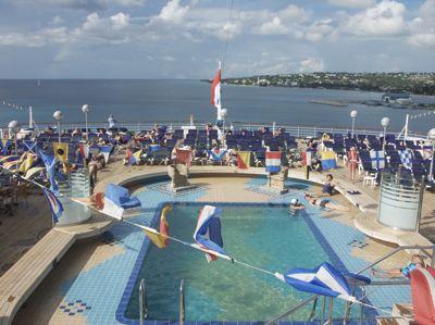 cruise-ship-pool.jpg
