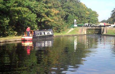 barge-approach-lock.jpg