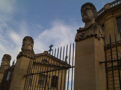statue-faces-2.jpg
